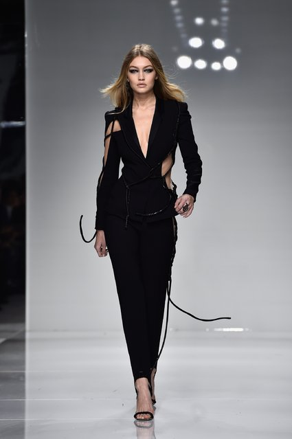 Gigi Hadid walks the runway during the Versace  Spring Summer 2016 show as part of Paris Fashion Week on January 24, 2016 in Paris, France. (Photo by Pascal Le Segretain/Getty Images)