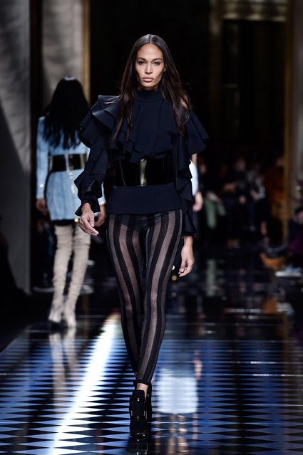 Joan Smalls walks the runway during the Balmain show as part of the Paris Fashion Week Womenswear Fall/Winter 2016/2017 on March 3, 2016 in Paris, France. (Photo by Pascal Le Segretain/Getty Images)
