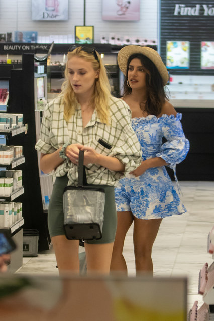 Sophie Turner and Priyanka Chopra use a rainy day to go shopping in Miami on August 4, 2019, while the Jonas brothers prepare for their upcoming tour. The pals spent Sunday afternoon browsing Sephora in the city's Design District before making a coffee stop at Panther Coffee in the hip artsy neighborhood of Wynwood. Sophie  and Priyanka then moved onto Brickell City Center to peruse designer stores. continue Meanwhile, all three Jonas Bros spent the day at Miami American Airlines Arena to prepare for their tour kick off on Wednesday. (Photo by Splash News and Pictures)