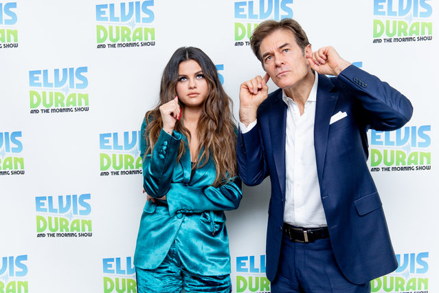 "Singer Selena Gomez with Dr. Oz as she visits ""The Elvis Duran Z100 Morning Show"" at Z100 Studio on October 28, 2019 in New York City. (Photo by Roy Rochlin/Getty Images)"
