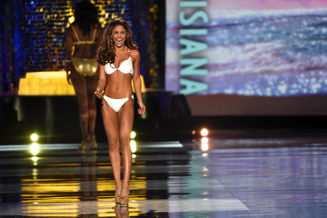 Miss Louisiana Laryssa Bonacquisti competes in the swimsuit competition of the 97th Miss America Competition in Atlantic City, New Jersey U.S. September 10, 2017. (Photo by Mark Makela/Reuters)