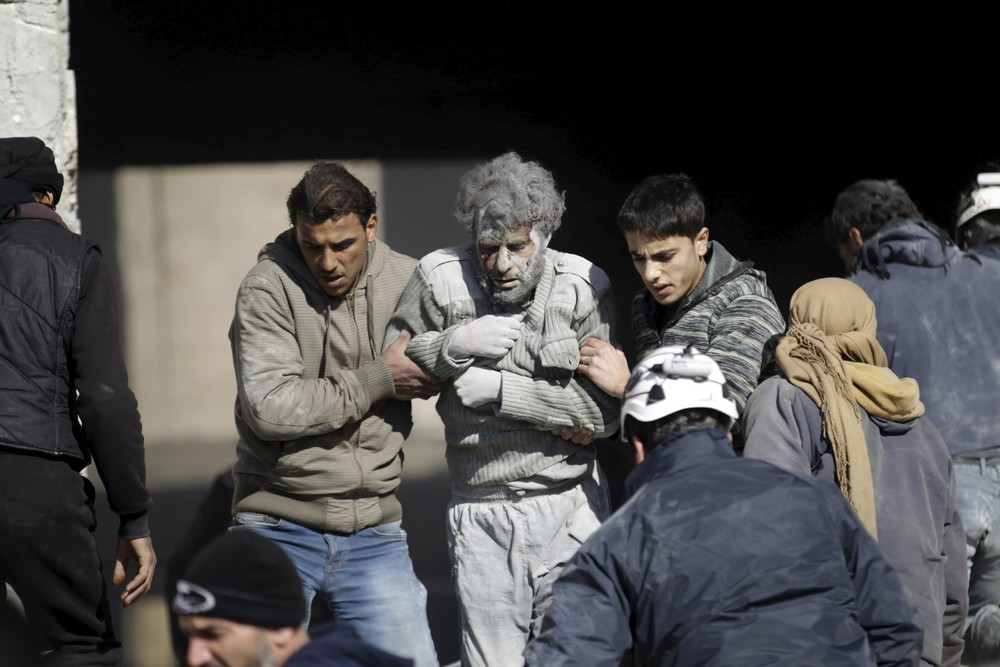 Russian Raids Kill Dozens in Syria