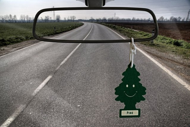 A rearview mirror with no mirror. (Photo by Giuseppe Colarusso/Caters News)