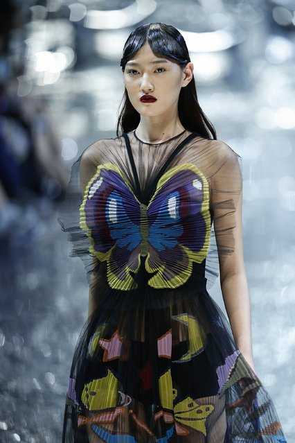 A model showcases designs on the runway at Mary Katrantzou Collection show during the Mercedes-Benz China Fashion Week Autumn/Winter 2016/2017 at 751D.PARK on March 27, 2016 in Beijing, China. (Photo by Lintao Zhang/Getty Images)