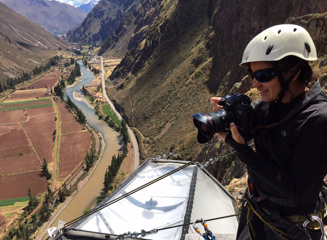 Reuters photographer Pilar Olivares documents the Skylodge Adventure Suites in the Sacred Valley in Cuzco, Peru, August 14, 2015. (Photo by Mauricio Munoz/Reuters)