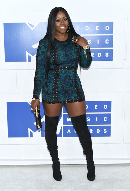 Remy Ma arrives at the MTV Video Music Awards at Madison Square Garden on Sunday, August 28, 2016, in New York. (Photo by Evan Agostini/Invision/AP Photo)