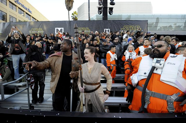 "Fans attend the premiere of ""Star Wars: The Force Awakens"" in Hollywood, California December 14, 2015. (Photo by Kevork Djansezian/Reuters)"