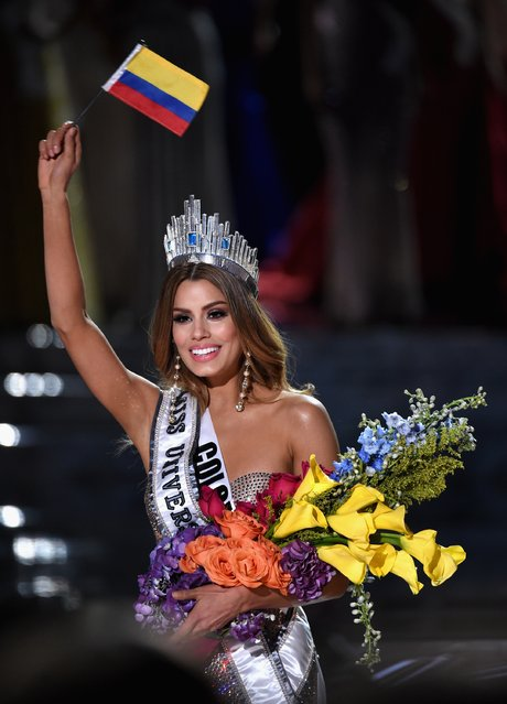 Miss Colombia 2015, Ariadna Gutierrez, is incorrectly named Miss Universe 2015 instead of First Runner-up during the 2015 Miss Universe Pageant at The Axis at Planet Hollywood Resort & Casino on December 20, 2015 in Las Vegas, Nevada. The winner of Miss Universe is Miss Philippines 2015, Pia Alonzo Wurtzbach (not pictured). (Photo by Ethan Miller/Getty Images)