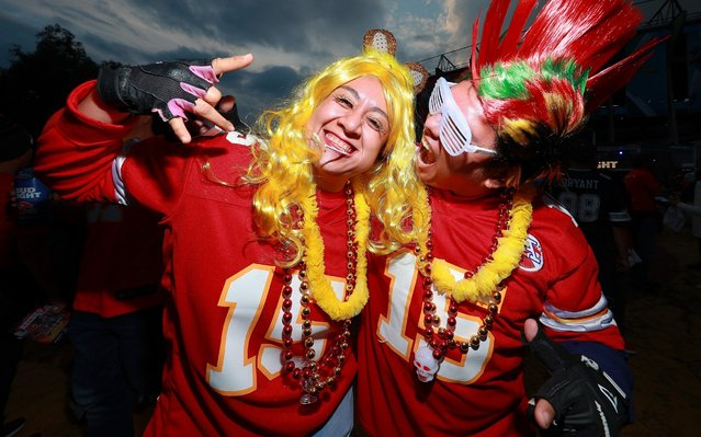 Fans of the Kansas City Chiefs pose for photos before the game against the Los Angeles Chargers at Estadio Azteca on November 18, 2019 in Mexico City, Mexico. (Photo by Manuel Velasquez/Getty Images)