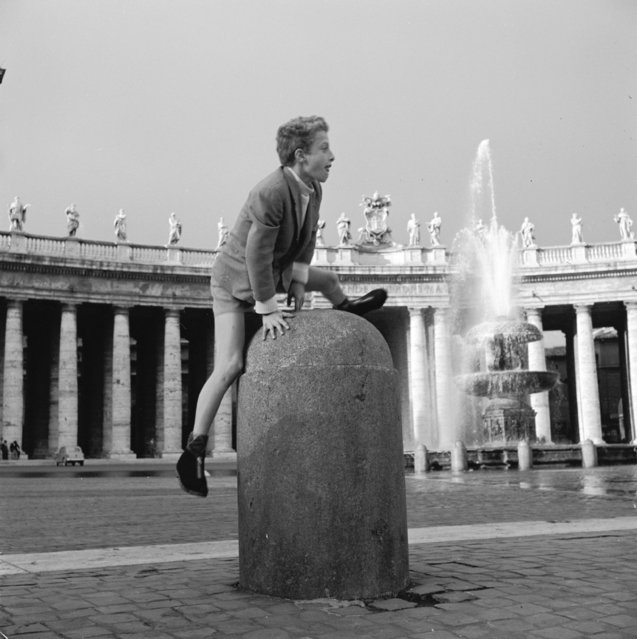 A boy plays leap-frog in St Peter's Square in The Vatican City, circa 1955. (Photo by Vecchio)