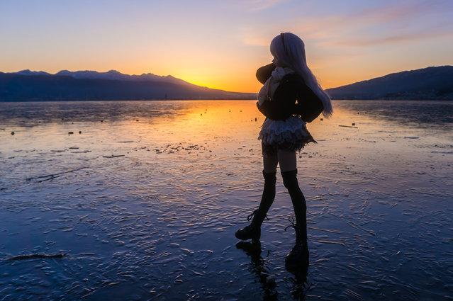 """Daybreak on frozen lake"". Location: Suwako Lake. (AZURE)"