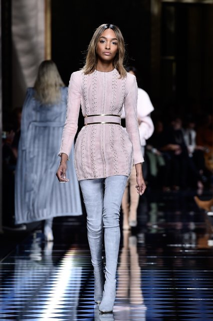 Jourdan Dunn walks the runway during the Balmain show as part of the Paris Fashion Week Womenswear Fall/Winter 2016/2017 on March 3, 2016 in Paris, France. (Photo by Pascal Le Segretain/Getty Images)