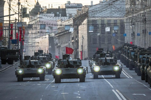 New Russian T-14 Armata tanks make their way to Red Square during a rehearsal for the Victory Day military parade which will take place at Moscow's Red Square on May 9 to celebrate 70 years after the victory in WWII, in Moscow, Russia, Monday, May 4, 2015. (Photo by Alexander Zemlianichenko/AP Photo)