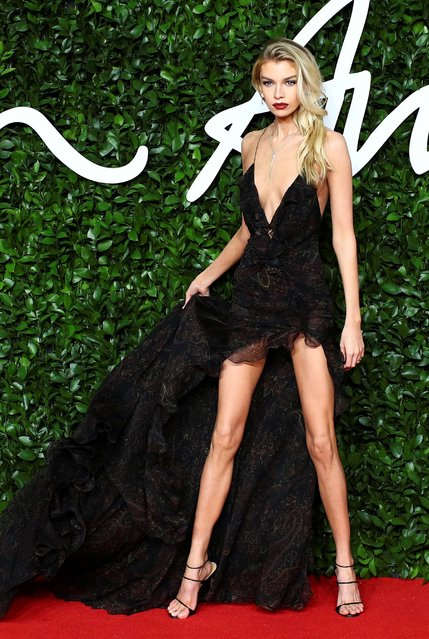 Model Stella Maxwell arrives at The Fashion Awards 2019 held at Royal Albert Hall on December 02, 2019 in London, England. (Photo by Lisi Niesner/Reuters)