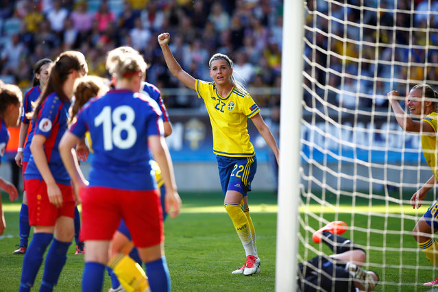Football Soccer, Sweden vs Moldova, UEFA Women's Euro 2017 Group Stage, Qualifying Group Four, Gamla Ullevi arena, Gothenburg, Sweden on June 6, 2016. Sweden's Olivia Schough cheers after the opening goal. (Photo by Thomas Johansson/Reuters/TT News Agency)