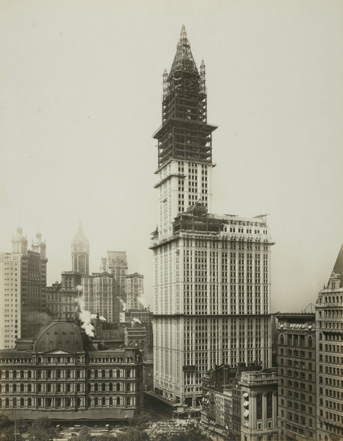 The Woolworth Building nears completion in 1912. (Photo by New York Public Library)