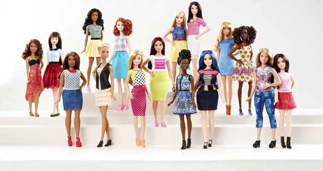 New Barbie doll body shapes of petite, tall and curvy are seen with the traditional Barbie in a photo released by Mattel on January 28, 2016. (Photo by Reuters/Mattel)