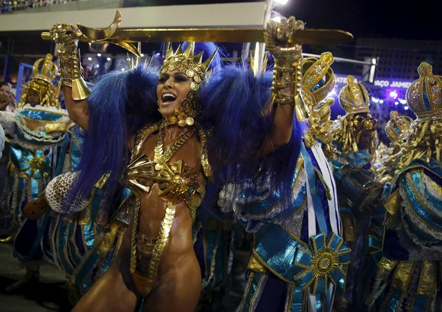 Vila Isabel samba school's Drum Queen Sabrina Sato performs during the carnival parade at the Sambadrome in Rio de Janeiro February 8, 2016. (Photo by Pilar Olivares/Reuters)