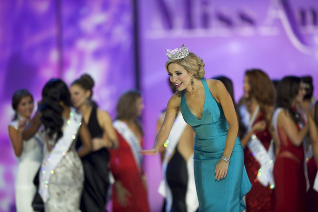 Current Miss America Kira Kazantsev waves to attendees after the first night of preliminaries of the Miss America Pageant at Boardwalk Hall in Atlantic City, New Jersey, September 8, 2015. (Photo by Mark Makela/Reuters)