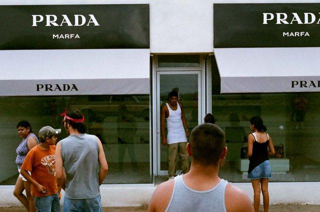 Prada Marfa Is IIlegal Roadside Ad