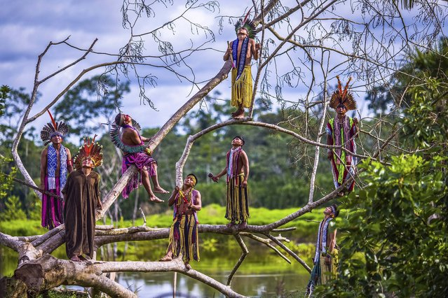 Kaxinaw indians in the Amazon forest, state of Acre, Brazil on October 9, 2016 .(Photo by Ricardo Stuckert/Caters News Agency)