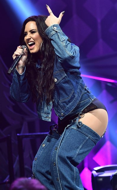 Demi Lovato performs at Y100's Jingle Ball 2017 at BB&T Center on December 17, 2017 in Sunrise, Florida. (Photo by Gustavo Caballero/Getty Images for iHeartMedia)