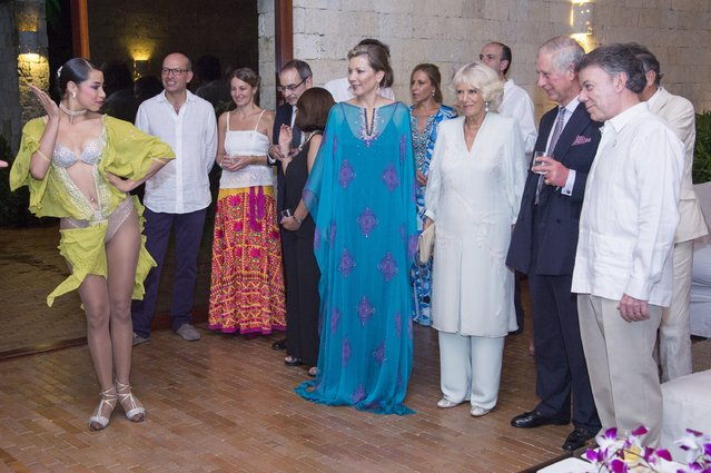 Prince Charles, Prince of Wales and Camilla, Duchess of Cornwall were entertained by Salsa dancers Gabriela Giraldo Garcia, and her brother James Amezquita, at a private farewell dinner, given by President Santos and his wife Maria Clemincia Santos on November 01, 2014 in Cartagena, Colombia. Prince Charles, Prince Of Wales and Camilla, Duchess Of Cornwall finish their four day visit to Colombia as part of a Royal tour to Colombia and Mexico. (Photo by Arthur Edwards/Getty Images)