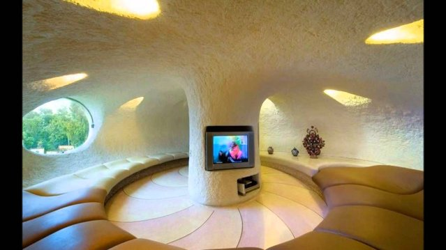 Living In A Shell – Nautilus House