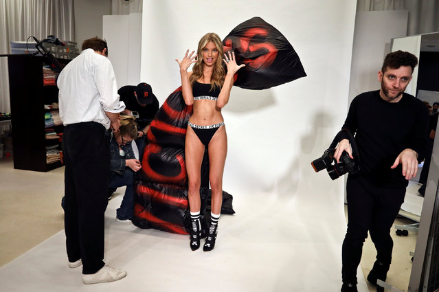 Model Martha Hunt takes part in a fitting ahead of the Victoria's Secret fashion show in New York, U.S., October 30, 2018. (Photo by Kevin Coombs/Reuters)