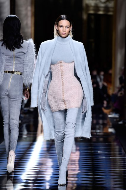 Binx Walton walks the runway during the Balmain show as part of the Paris Fashion Week Womenswear Fall/Winter 2016/2017 on March 3, 2016 in Paris, France. (Photo by Pascal Le Segretain/Getty Images)