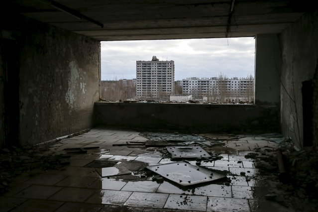 A view of the abandoned city of Pripyat near the Chernobyl nuclear power plant in Ukraine on March 24, 2016. (Photo by Gleb Garanich/Reuters)