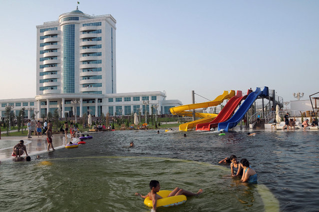 A general view shows the resort of Avaza June 8, 2011. Turkmenistan's all-powerful leader promised that he will build a Las Vegas on the windswept shores of the Caspian Sea. (Photo by Reuters/Stringer)