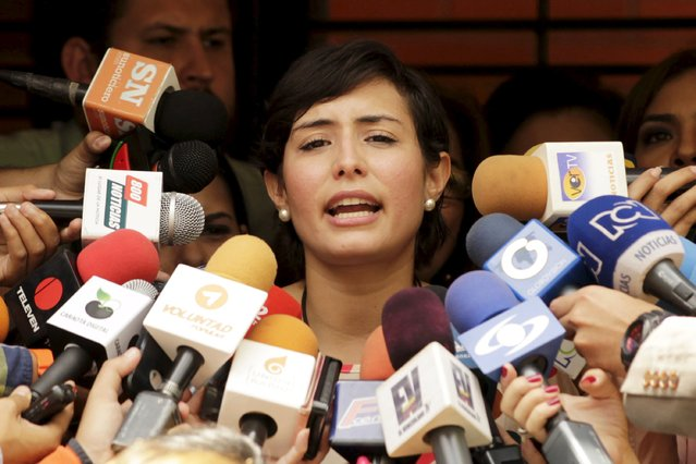 Patricia Ceballos, mayor of San Cristobal and wife of jailed former mayor Daniel Ceballos, speaks to the media in front of their house in Caracas August 12, 2015. (Photo by Christian Veron/Reuters)