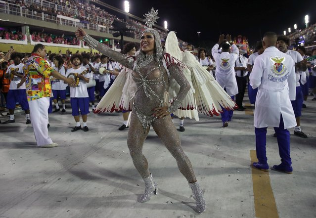Drum queen Gracyanne Barbosa of Uniao da Ilha samba school performs during the first night of the Carnival parade at the Sambadrome in Rio de Janeiro, Brazil on February 24, 2020. (Photo by Ricardo Moraes/Reuters)