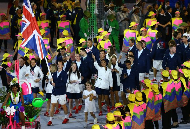 2016 Rio Olympics, Opening ceremony, Maracana, Rio de Janeiro, Brazil on August 5, 2016. Flagbearer Andy Murray (GBR) of Great Britain leads his contingent during the opening ceremony. (Photo by Jeremy Lee/Reuters)