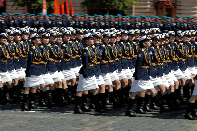 Russian servicewomen march during the Victory Day Parade in Red Square in Moscow, Russia on June 24, 2020. (Photo by Maxim Shemetov/Reuters)