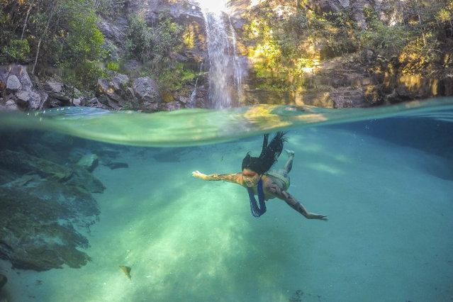 Akuku Kamaiur during a diving in the So Miguel river. Chapada dos Veadeiros, state of Gois, Brazil on July 31, 2014 .(Photo by Ricardo Stuckert/Caters News Agency)