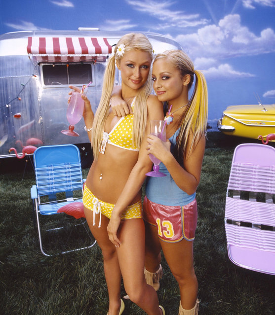 American media personality Paris Hilton and American television personality Nicole Richie at 20th Century Fox Television USA Television TV Classics in 2003. (Photo by Sam Jones/20th Century Fox TV/Kobal/Rex Features/Shutterstock)