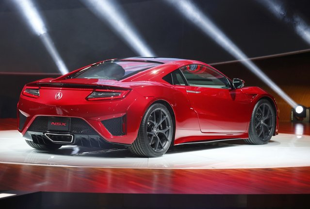The 2015 Acura NSX is displayed during the first press preview day of the North American International Auto Show in Detroit, Michigan, January 12, 2015. (Photo by Mark Blinch/Reuters)