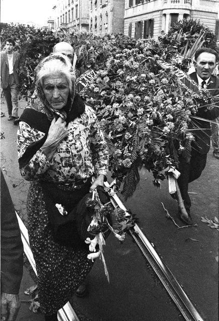 The funeral of the Communist party leader Palmiro Togliatti in Rome in 1964. (Photo by Paolo Di Paolo/National Museum of 21st Century Arts)