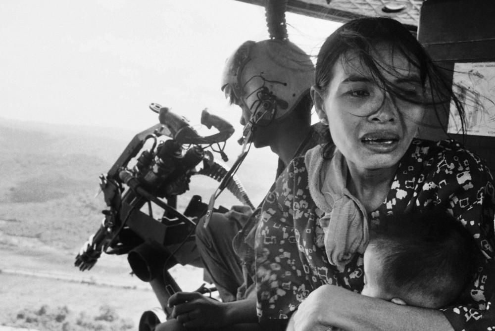 "AP's Legendary ""Napalm Girl"" Photographer Nick Ut to Retire"