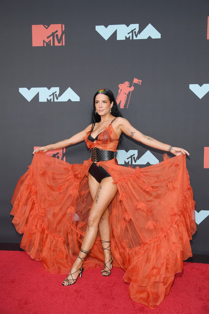 Halsey attends the 2019 MTV Video Music Awards at Prudential Center on August 26, 2019 in Newark, New Jersey. (Photo by Dimitrios Kambouris/Getty Images)