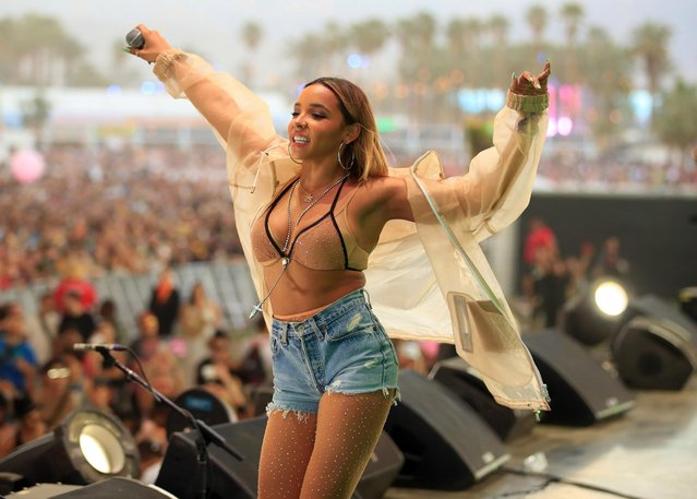 Singer Tinashe performs with Snakehips onstage during the 2018 Coachella Valley Music And Arts Festival at the Empire Polo Field on April 21, 2018 in Indio, California. (Photo by Christopher Polk/Getty Images for Coachella)