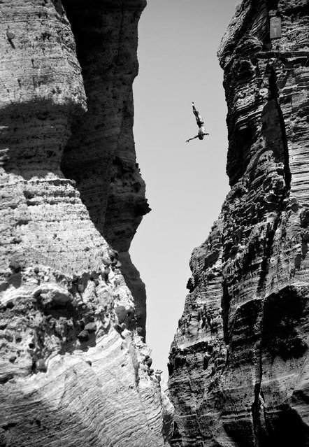"""This incredible shot by photographer Romina Amata took first place in the """"Energy"""" category. (Photo by Romina Amata/Red Bull)"""