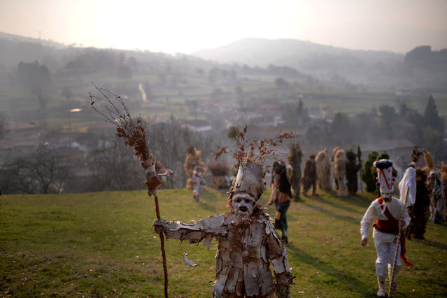 """A masked reveller takes part in """"La Vijanera"""", a winter masquerade at the beginning of carnival season in Europe, in Silio, northern Spain, January 8, 2017. (Photo by Vincent West/Reuters)"""