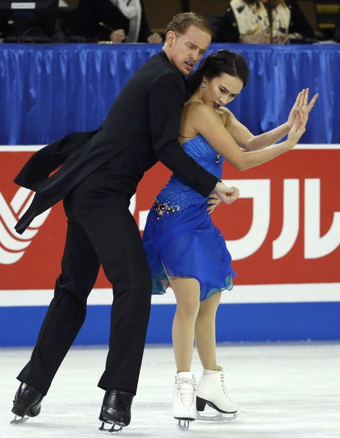 Madison Chock and Evan Bates of the U.S. perform during the ice dance short program at the Skate America figure skating competition in Milwaukee, Wisconsin October 23, 2015.. (Photo by Lucy Nicholson/Reuters)