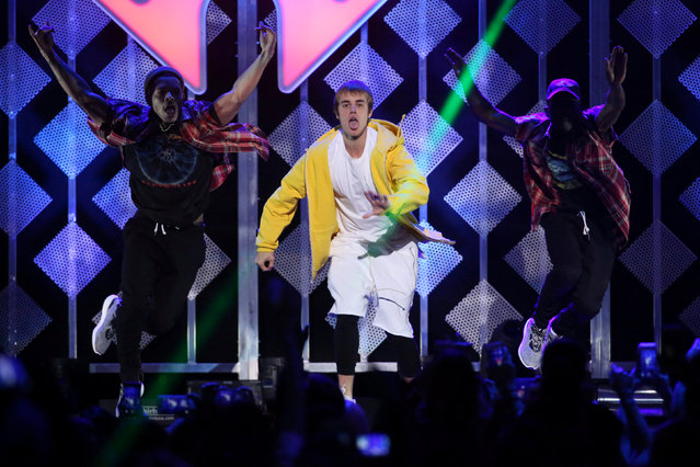 Justin Bieber performs at Z100's Jingle Ball in Manhattan, New York, U.S., December 9, 2016. (Photo by Andrew Kelly/Reuters)