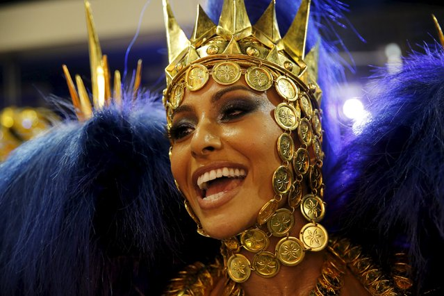 Vila Isabel samba school's Drum Queen Sabrina Sato performs during the carnival parade at the Sambadrome in Rio de Janeiro February 8, 2016. (Photo by Sergio Moraes/Reuters)