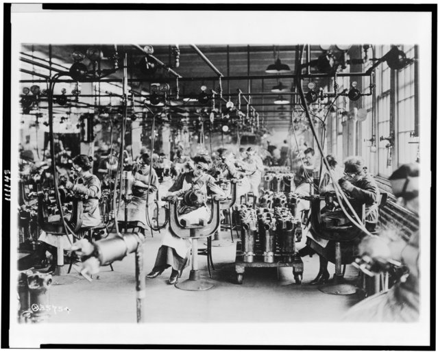 Women wear goggles as they work in the welding department of Lincoln Motor Co., Detroit, Michigan, circa 1914-1918, in this Library of Congress handout photo. (Photo by Reuters/Bain Collection/Library of Congress)