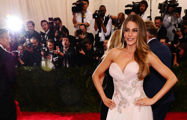 "Sofia Vergara arrives at The Metropolitan Museum of Art's Costume Institute benefit gala celebrating ""China: Through the Looking Glass"" on Monday, May 4, 2015, in New York. (Photo by Charles Sykes/Invision/AP Photo)"